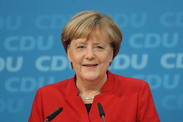 德國總理默克爾今天強調,她決意確保不會讓去年接收大批難民的亂象重演,同時她將爭取新的2年任期,以連任黨魁。(Sean Gallup/Getty Images)