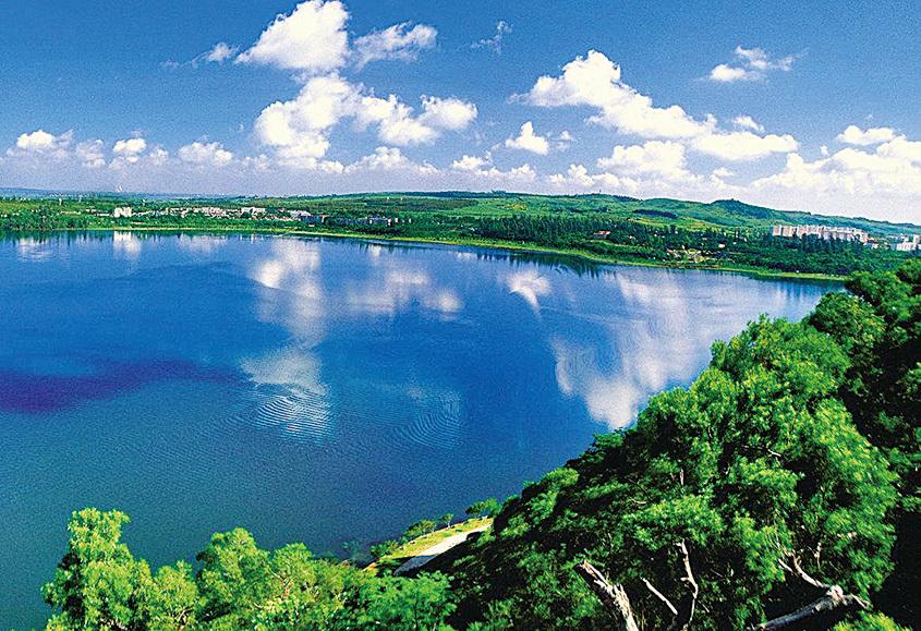 湖光岩。(網絡圖片)