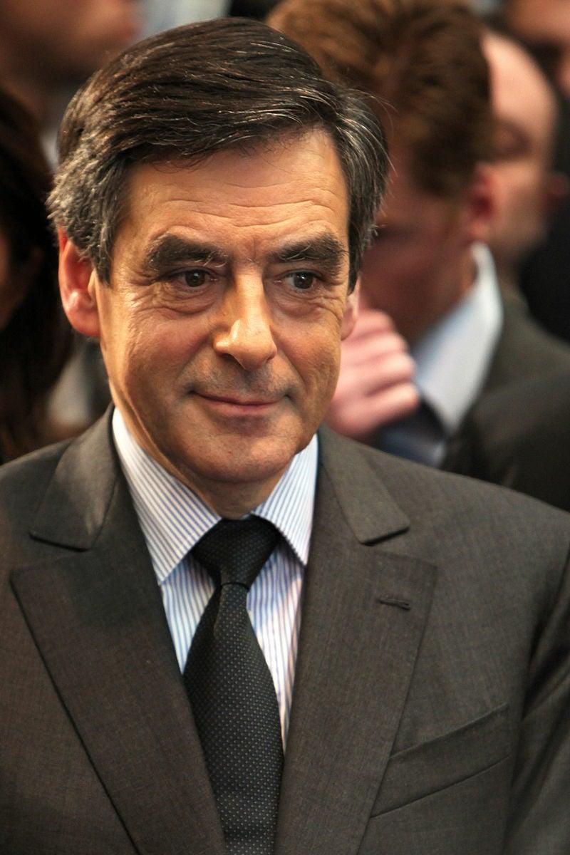 距離法國總統大選只剩40天,代表右派競選的前總理菲永,今天因涉嫌侵吞公款,被列為正式調查對象。(Rama/Wikipedia)