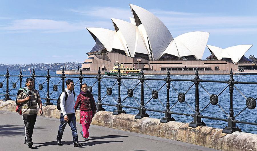 澳10年多次往返簽證 中國公民獨享