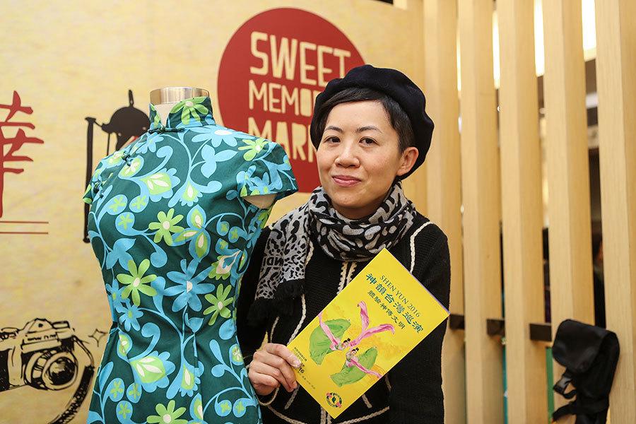 香港設計師楊美琼相信設計師如能觀賞到神韻,定會從中獲取設計靈感。(大紀元)