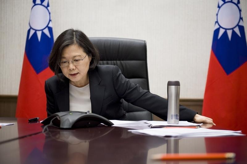 蔡英文在12月2日與特朗普通電話,祝賀特朗普勝選美國總統。(台灣總統府提供)