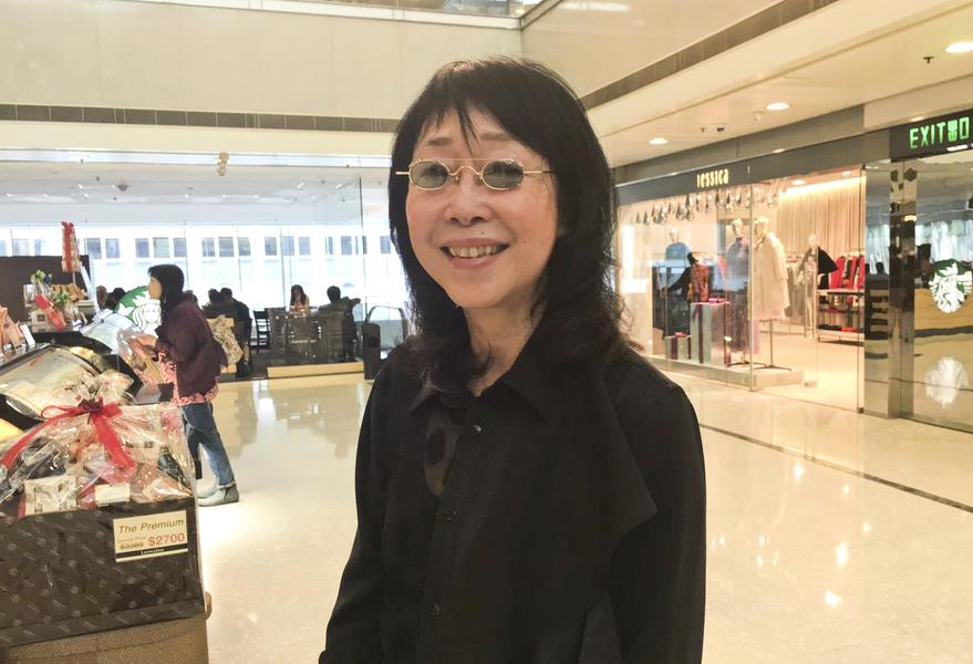 金像獎最佳導演張婉婷 簽名支持神韻來港演出
