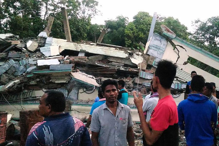 印尼強震逾百罹難 交通堵塞物資進駐緩慢