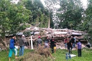 印尼亞齊強震罹難者升至97人 救出4人