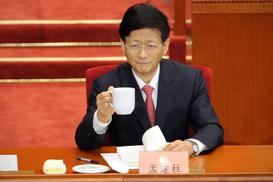 有消息說,夏寶龍將調到中央任職,有望接替70歲的中央政法委書記孟建柱。(Getty Images)