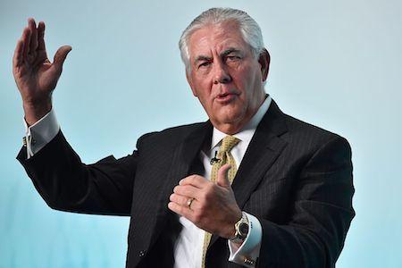 特朗普今日(13日)宣佈,提名埃克森美孚(ExxonMobil)行政總裁蒂勒森(Rex Tillerson)為他的國務卿。(BEN STANSALL/AFP/Getty Images)