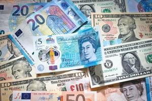抗貶值中國外幣存款大增