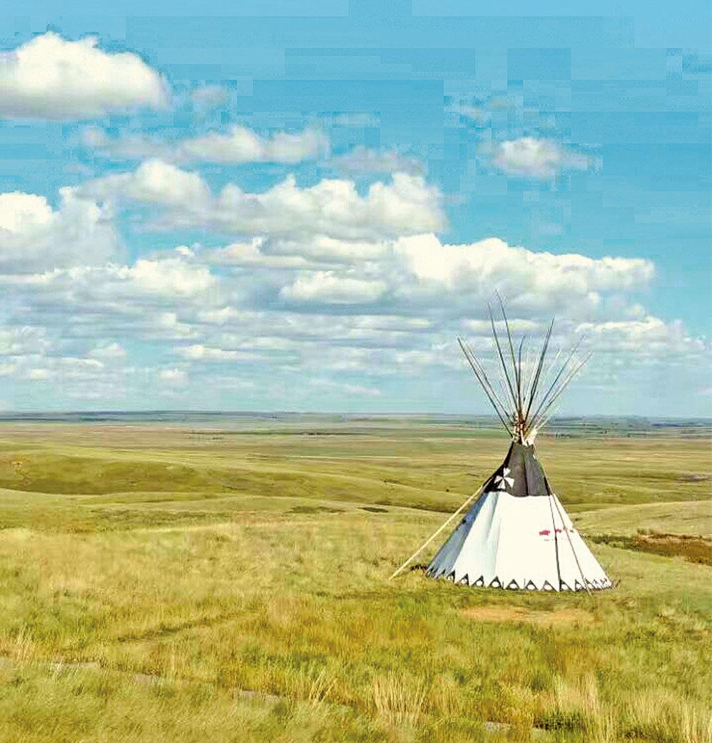 草原上的印第安帳篷。(圖/Sunny)