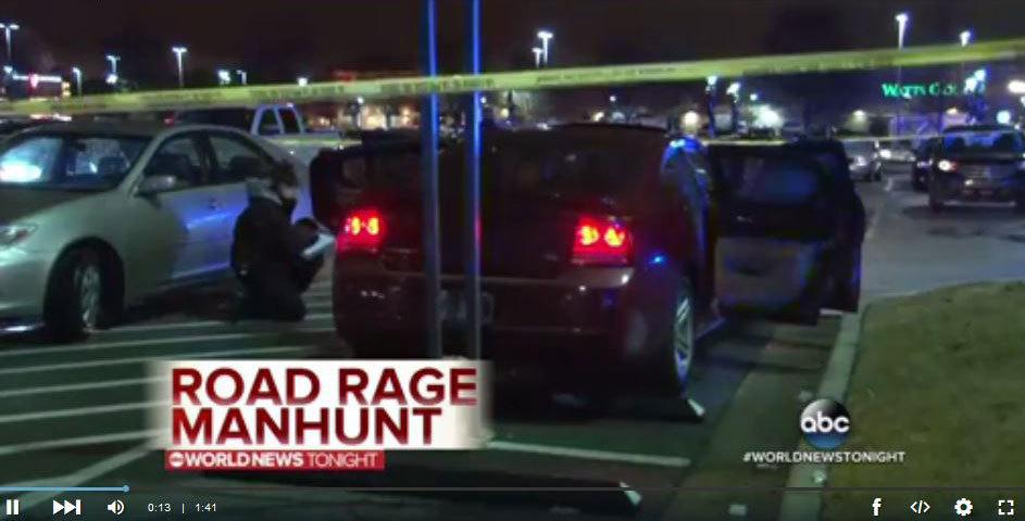 美國小石城警方表示,一名司機認為一名女司機在停牌標識前動作不夠快,因犯路怒症,拔槍打死女子車內一名3歲男孩。(視像擷圖)
