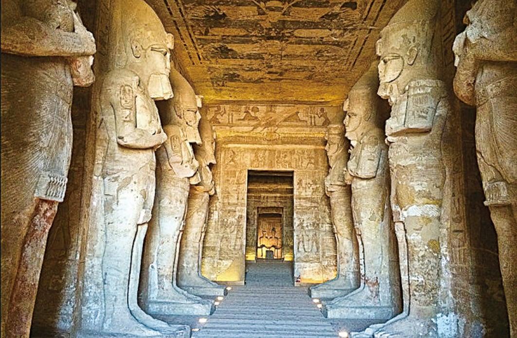 埃及阿布辛貝神殿內部。(網絡圖片)