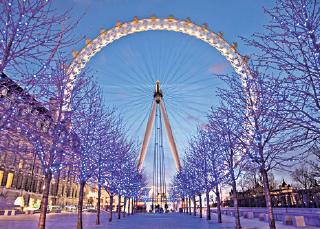 英國脫歐後英鎊持續弱勢,令倫敦今年成為大熱旅遊城市。(網絡圖片)