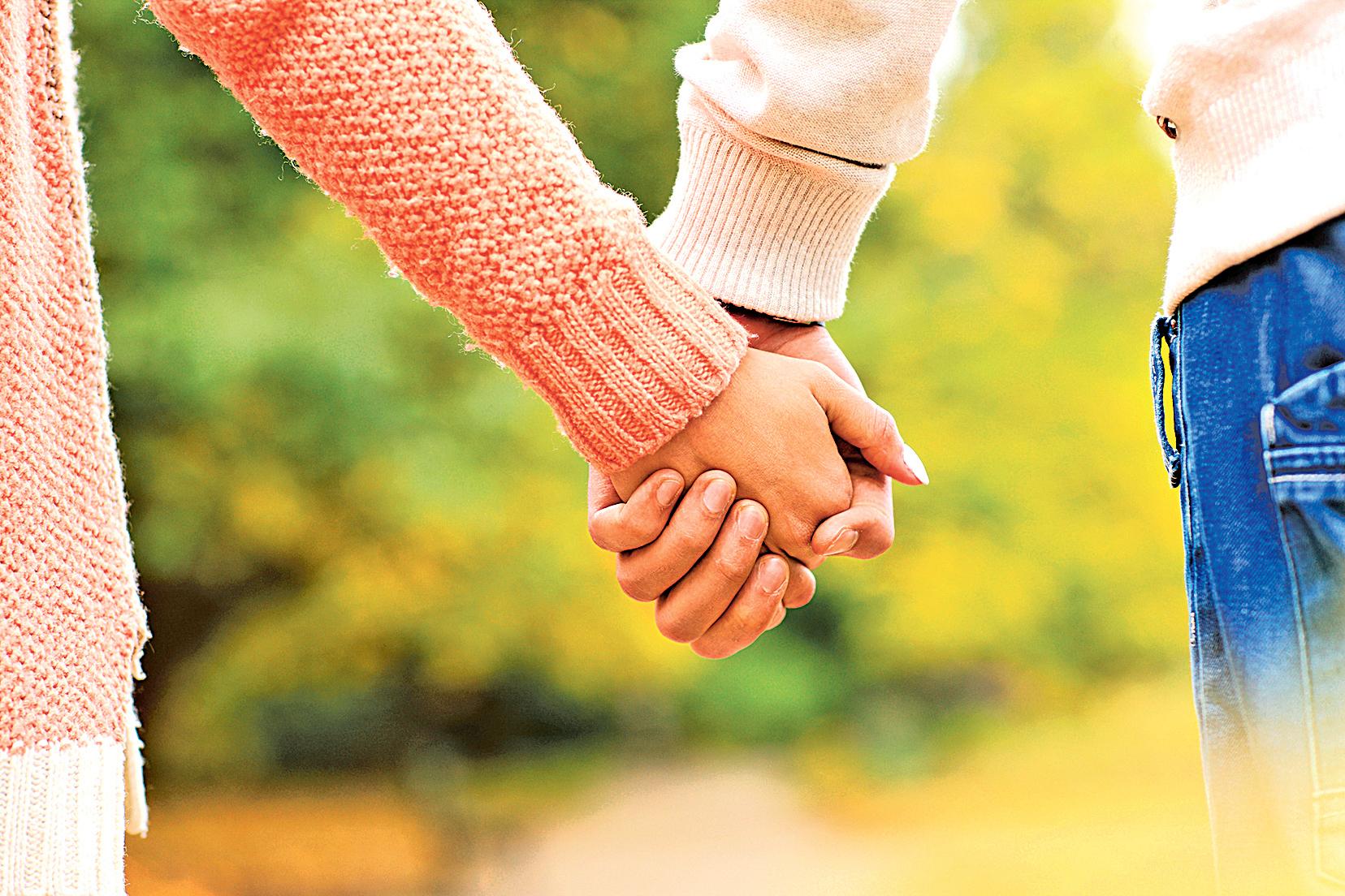 癌症是人類自私基因的孽種,疾病源自人身體內對愛的匱乏和缺失,研究發現在無條件的愛和慈愛中才能清理和治癒它們。(fotolia)