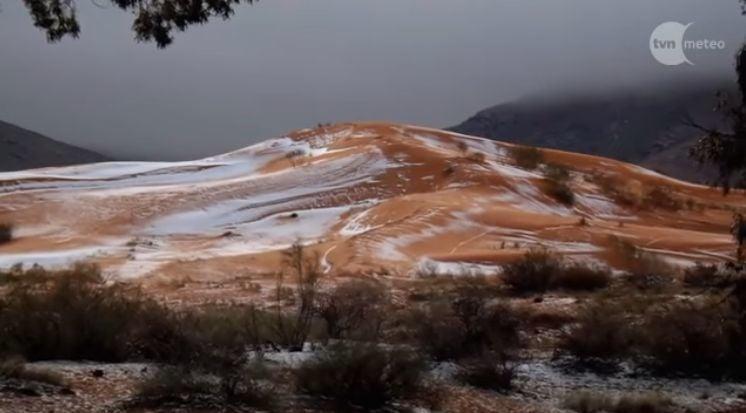 時隔37年,全球最熱、世界第三大荒漠撒哈拉沙漠在聖誕節前夕下雪了!(視像擷圖)