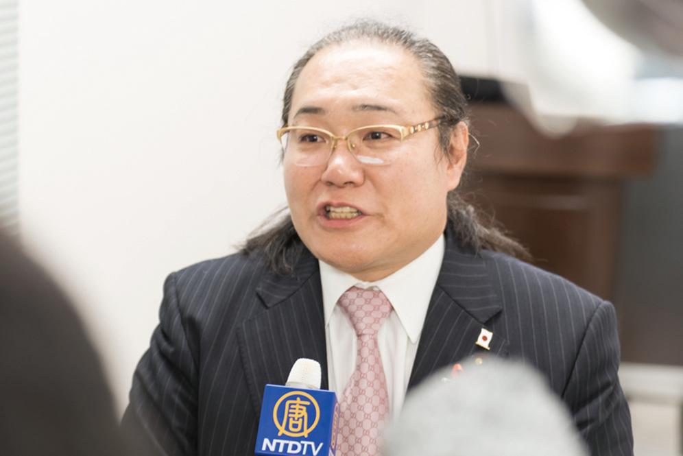 12月19、20日,日本東京墨田區議員大瀨康介議員表示:「制止活摘暴行必須解體中共。」(游沛然/大紀元)