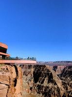 漫步天空感受大峽谷的壯觀景色