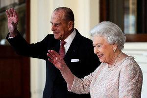 英女皇伉儷重感冒 聖誕度假行程推延引關注