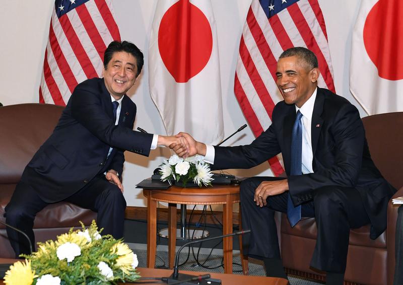 美國總統奧巴馬27日稱讚日本首相安倍晉三訪問珍珠港是展示和解力量的歷史性行動。(中央社)