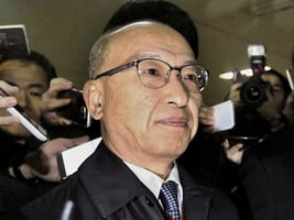 韓檢擴大查親信門 退休基金總監被捕