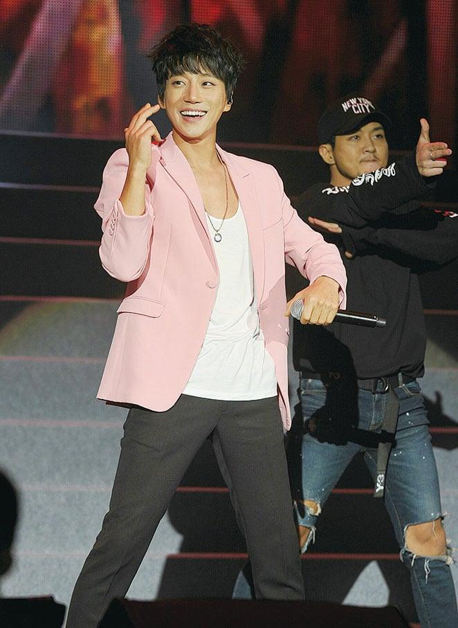 南韓歌手黃致列。(中央社)