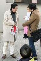 新年假期 日本首相安倍與夫人閒逛六本木