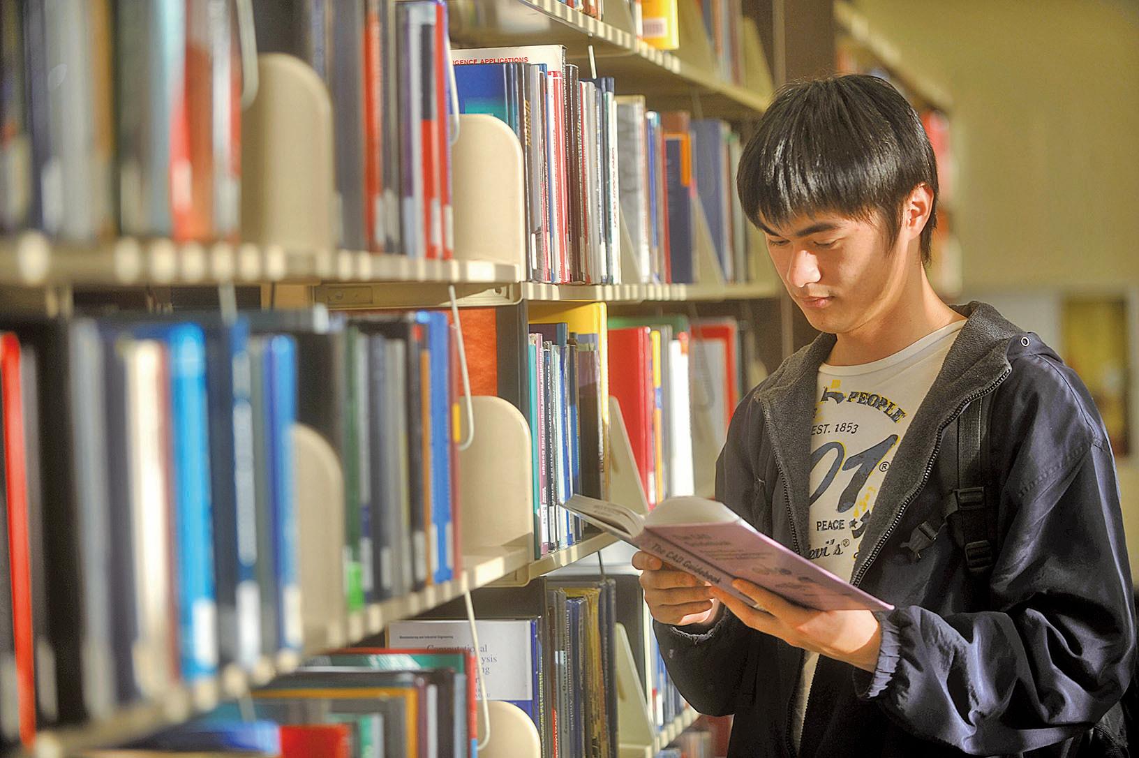 悉尼科技大學管理與心理學副教授瑞德芬(Kylie Redfern)發表的最新研究顯示,中國留學生的壓力和焦慮程度遠高於地方學生。(大紀元資料圖片)
