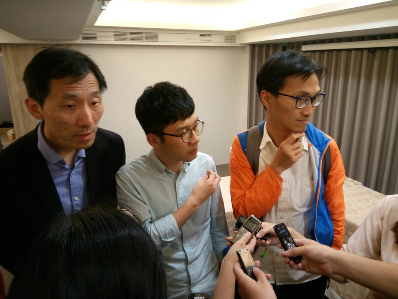 黃之鋒、議員羅冠聰、朱凱廸、姚松炎等人日前來台時遭人滋擾。台灣警方高度重視事件,表明將嚴正執法,全力偵辦。(中央社)