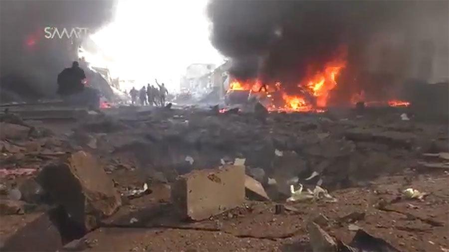 周六(1月7日),敘利亞北部、反抗軍掌控的城鎮阿扎茲(Azaz)發生汽車炸彈襲擊,死亡人數增至43人。(視像擷圖)