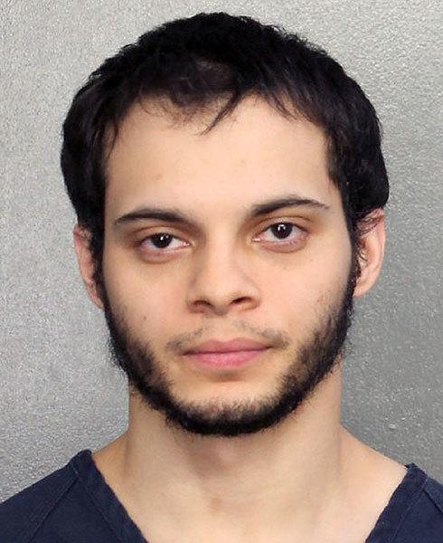 26歲的桑迪亞哥(Esteban Santiago)是伊拉克戰爭退伍軍人,他被指控殺害5人,打傷6人。如果定罪,他可能面臨死刑。(U.S. Marshals via Getty Images)