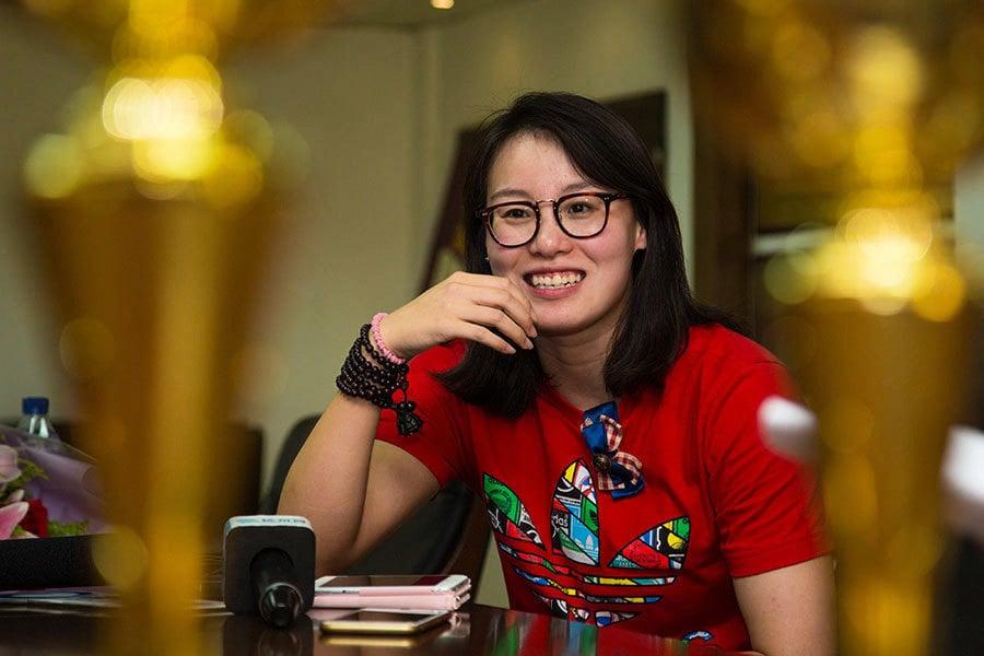 傅園慧微博回顧一年艱辛 看哭一眾網友