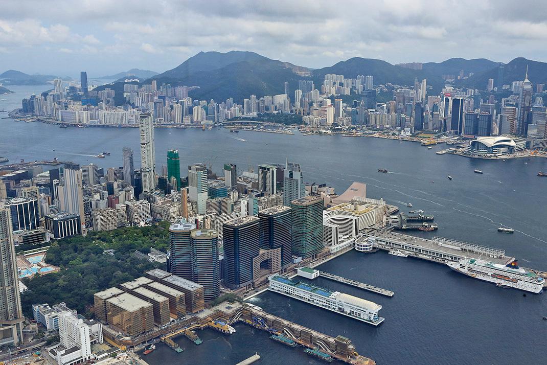 去年,中聯辦入市大減,只動用5,523萬元購入11個住宅及2個車位。(大紀元資料圖片)