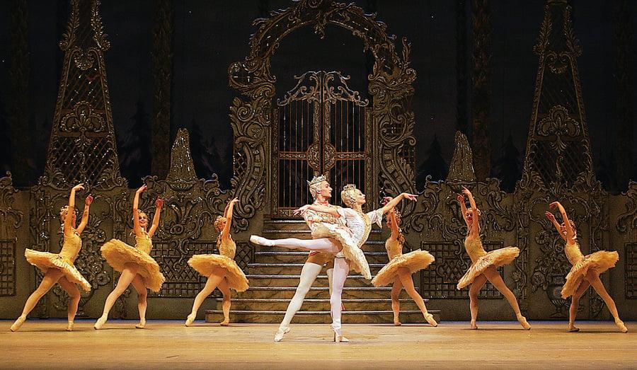 傳統夢幻芭蕾舞劇《胡桃夾子》