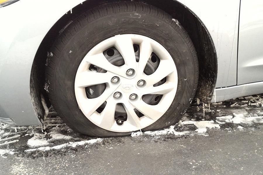 神韻工作人員車輛輪胎疑被中共破壞 警方調查