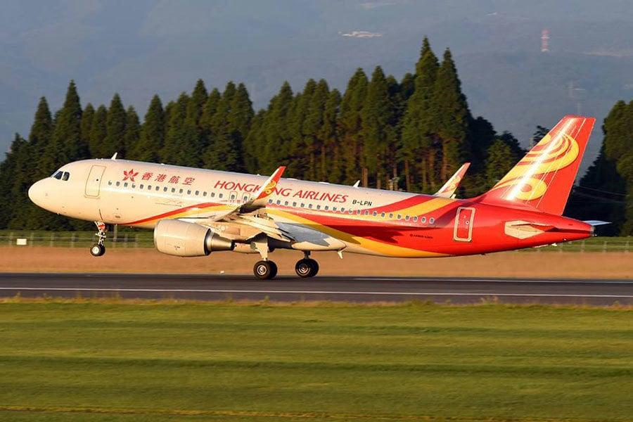 名列最不準時航空第七位的香港航空,33.42%航班誤點。(Facebook擷圖/facebook.com/hkairlines)