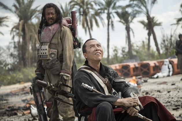 最新上映的《俠盜一號:星球大戰外傳》在大陸的票房也可能受陰霾的影響。(網絡圖片)