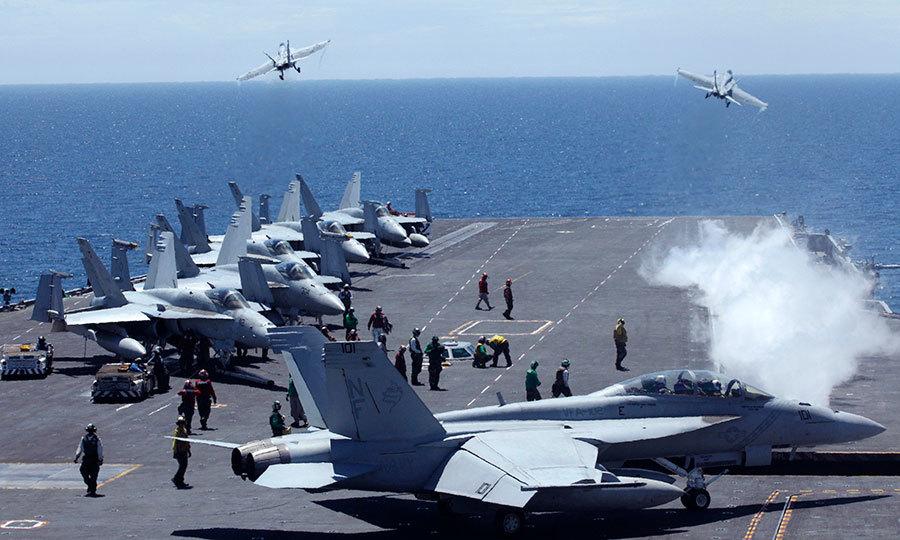 1月9日,中共10多架軍機進入南韓的「防空識別區」,南韓空軍緊急出動10多架戰鬥機應對,並發出警告信號。圖為2010年美韓聯合軍演。(Getty Images)