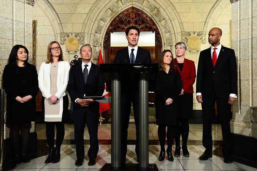加拿大總理改組內閣 外長及移民部長換人
