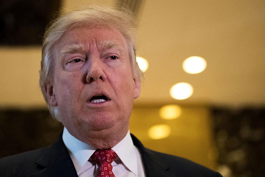11日上午,美國候任總統特朗普連發四則推文,大力抨擊政治對手持續製造假新聞,試圖抹黑他是對俄羅斯有所虧欠的領導人。(Drew Angerer/Getty Images)