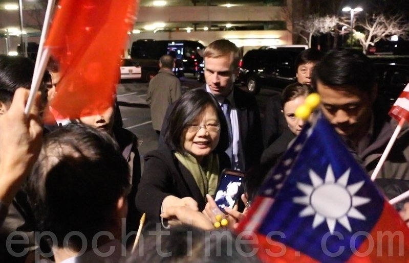 中華民國總統蔡英文1月13日晚抵達三藩市灣區。(李霖昭/大紀元)