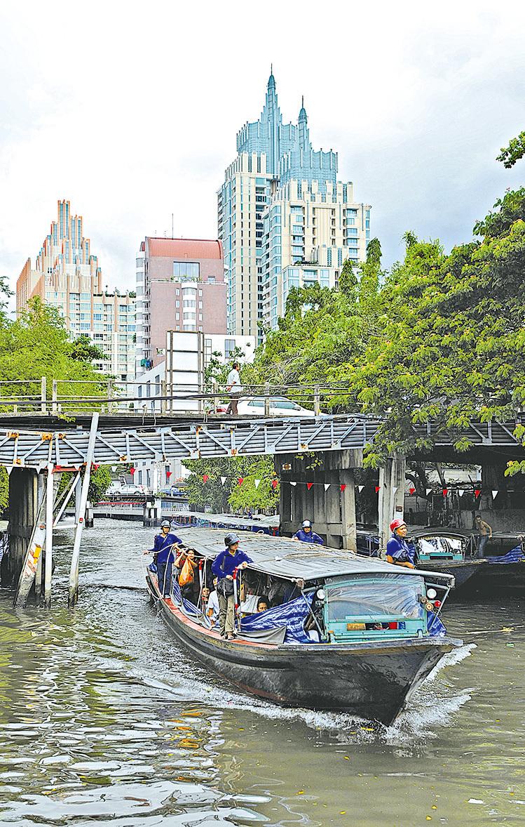 泰國運河計程船。(AFP/Getty Images)