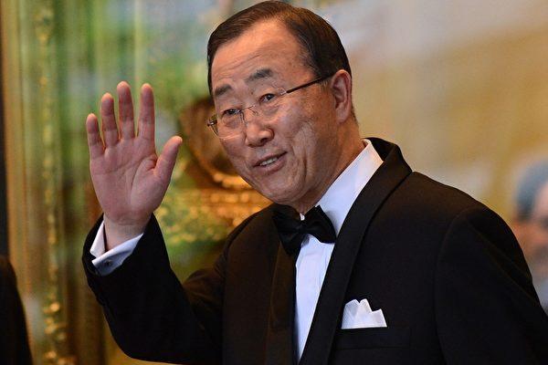 潘基文周日(15日)表示,鑒於朝鮮半島處於準戰時狀態,南韓理應決定部署薩德反導系統(THAAD)。(JEWEL SAMAD / AFP)