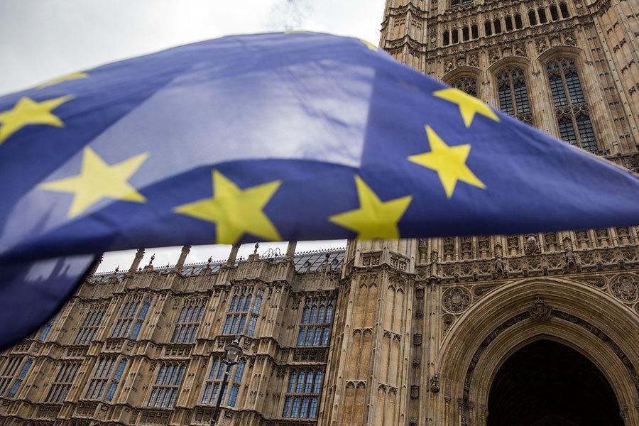 1月17日,英國政府公佈了脫離歐盟的計劃,出乎外界的預料,政府將允許英國議會上下兩院就最終達成的脫歐協議進行投票,這個計劃受到金融界的歡迎,英鎊兌美元的匯率立刻上揚。(Getty Images)