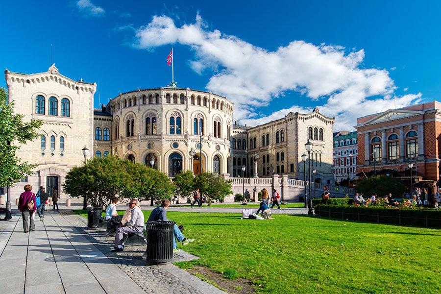 在今天公佈的最新報告中,挪威擠下丹麥成為全球最快樂國家。報告宗旨在呼籲國家打造信任和平等的社會,促進公民福祉。(fotolia)