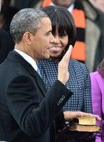 特朗普周五就職 將手按兩本聖經宣誓