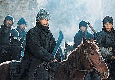 劉德華在電影《投名狀》中,也有不少騎馬的場景。(網路圖片)