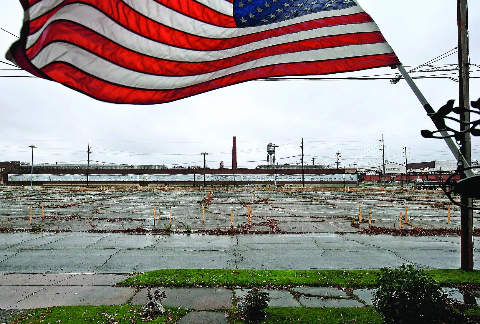 美國中西部大片地區製造業枯萎,充斥關閉的工業園區,成為所謂的「鐵鏽帶」,特郎普誓言改變這一趨勢,重振美國製造業。(Getty Images)