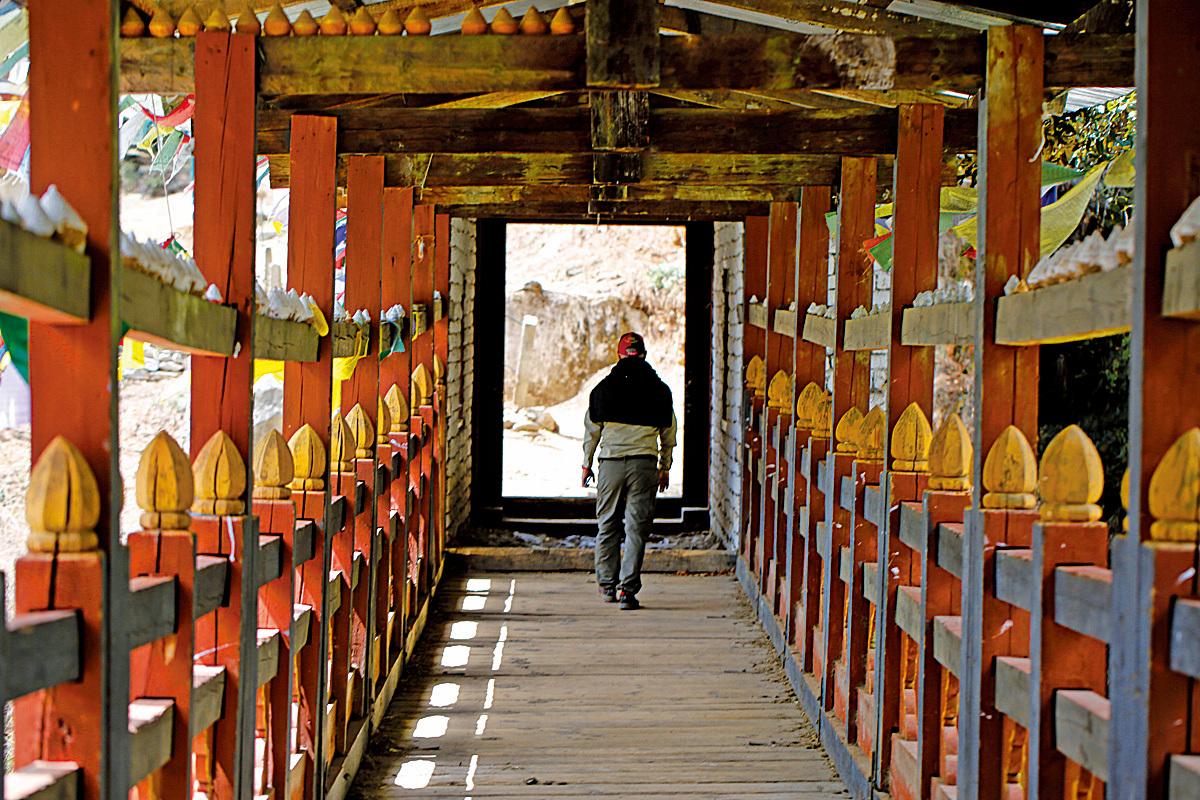 不丹以佛法為依歸,相信良善平衡的人心會孕育出純淨美好的產品。
