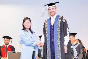 中國女生澳洲尋獲人生目標