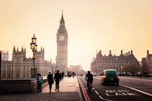 脫歐公投半年 英國經濟怎樣了