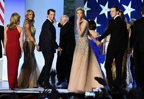 組圖:特朗普就職舞會 伊萬卡超人氣